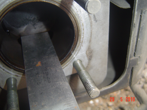 Setelah diukur didapat panjang stroke adalah 51 mm, padahal seharusnya